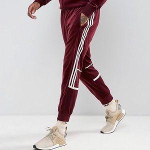 Adidas original Challenger velour track pants EUC